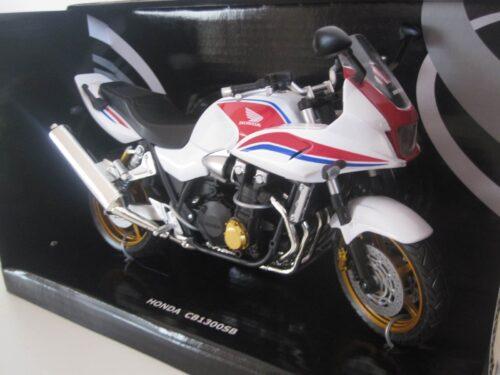 Honda_CB1300SB_Jagersma_Miniaturen_Modelauto's