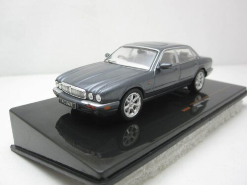 Jaguar_XJ8_1998_clc289_Jagersma_Miniaturen_Modelauto's