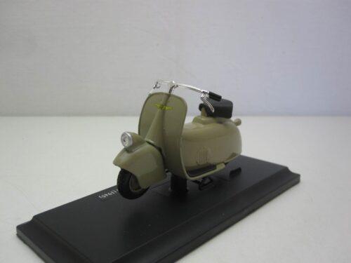 Vespa_MP5_Paperino_1945_mai04340g_Jagersma_Miniaturen_Modelauto's