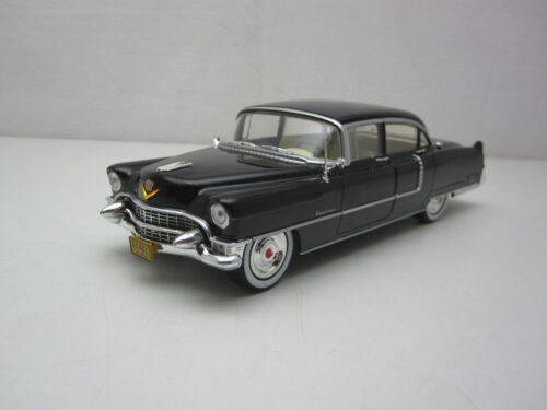 Cadillac_Fleetwood_Series_60_The_God_Father_1972_gl84091_Jagersma_Miniaturen_Modelauto's