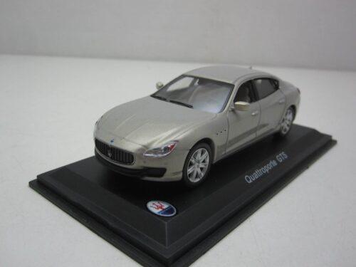 Maserati_Quattroporte_GTS_2007_atlMas01_Jagersma_Miniaturen_Modelauto's