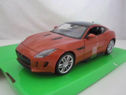 Jaguar_F-Type_Coupé_2015_wly24060c_Jagersma_Miniaturen_Modelauto's