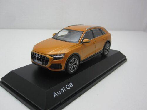 Audi_Q8_2018_nv5011708631_Jagersma_Miniaturen_Modelauto's