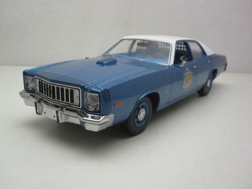 Plymouth_Fury_Arkansa_State_Police_Smokey_and_the_Bandit_1977_1975_gl19044_Jagersma_Miniaturen_Modelauto's