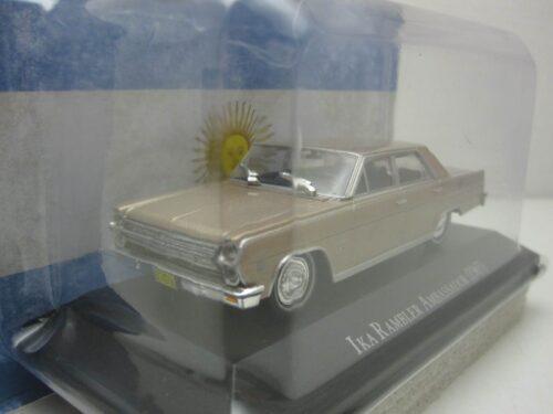 Ika_Rambler_Ambassador_1965_IkaRambler65ch_Jagersma_Miniaturen_Modelauto's