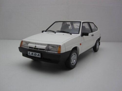 Lada_Samara_1986_kkdc180214_Jagersma_Miniaturen_Modelauto's