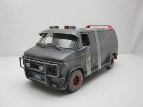 GMC_Vandura_A-team_van_smerig_en_kogelgaten_1983_gl13567_Jagersma_Miniaturen_Modelauto's