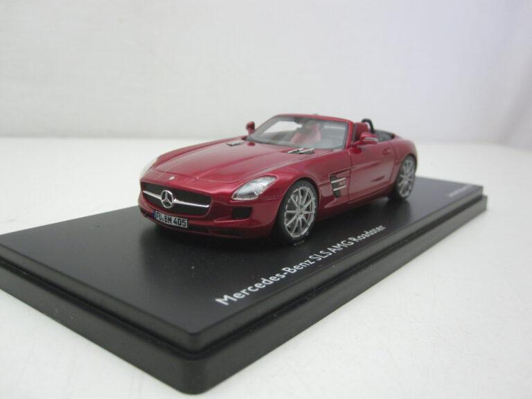 Mercedes-Benz_SLS_AMG_Roadster_2009_schuco8871