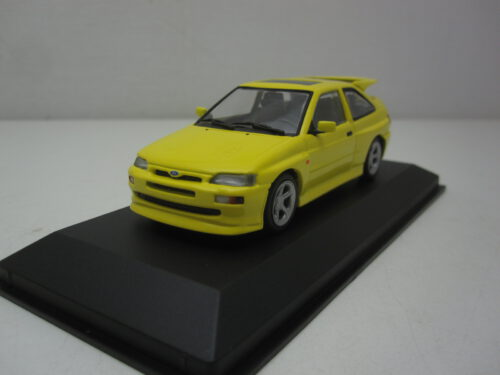 Ford_Escort_RSCosworth_1992_mxc940082101