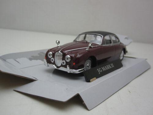 Jaguar_Mark_II_inspector_Morse_1967_crmJagMk2r67_Jagersma_Miniaturen_Modelauto's
