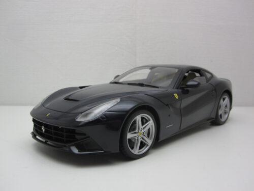 Ferrari_F12_Berlinetta_2012_hwmvx5476~1_Jagersma_Miniaturen_Modelauto's