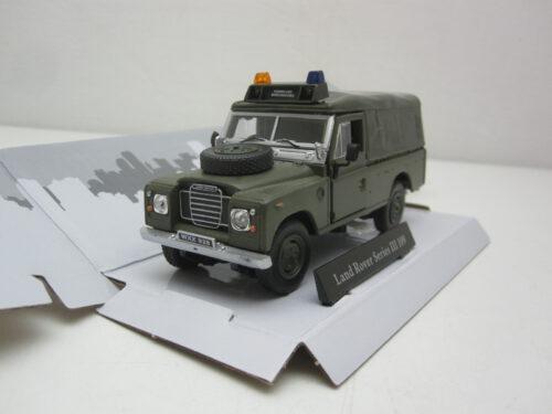 Land_Rover_Series_3_109_Pick_Up_met_huif_1982_crmLaroKMar_Jagersma_Miniaturen_Modelauto's