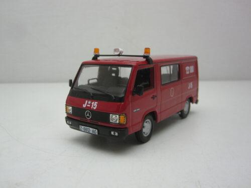 Mercedes-Benz_MB_180_Bomberos_brandweer_Zaragoza_1988_MB180Bomb88