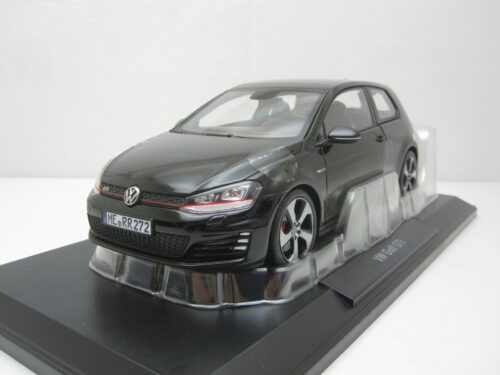 Volkswagen_VW_Golf_Mk7_Gti_2013_nor188550