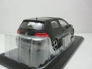 Volkswagen_VW_Golf_Mk7_Gti_2013_nor188550