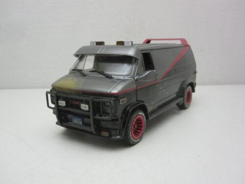 GMC_Vandura_The_A-Team_Weathered_smerig_kogelgaten_1983_gl84112_Jagersma_Miniaturen_Modelauto's