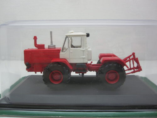 Kharkiv_T-150K_1972_G1825127_Jagersma_Miniaturen_Modelauto's
