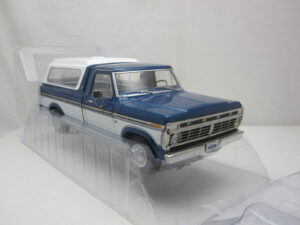 Ford_F-100_Pick_Up_met_camper_top_1975_gl13544