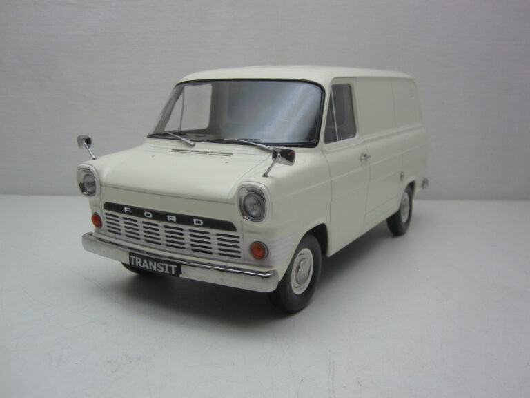 Ford_Transit_Mk1_Bestelbus_1965_KK180493
