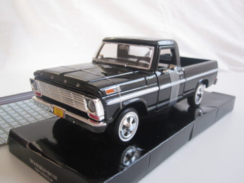 Ford_F-100_Pick_Up_1969_mmax79315bk