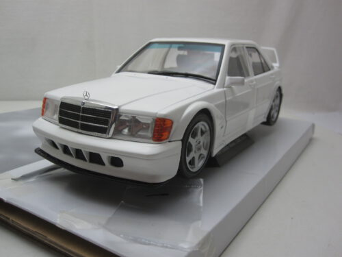 Mercedes-Benz_w201_190e_2.5_16V_Evo2_1990_soli1801007_Jagersma_Miniaturen_Modelauto's