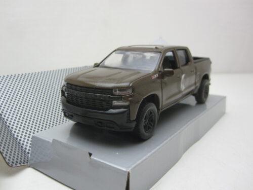 Chevrolet_Silverado_Trail_Boss_Crew_Cab_Pick_Up_Pull_Back_2019_mmax73677bwPB_Jagersma_Miniaturen_Modelauto's