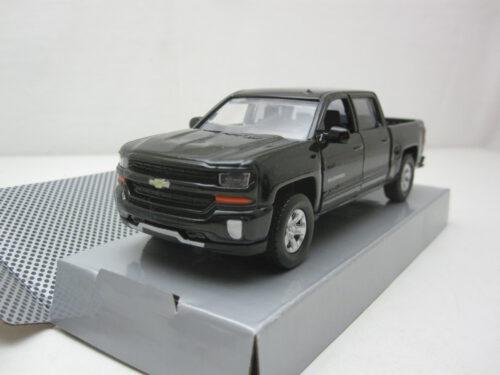 Chevrolet_Silverado_1500_LTZ_71_Crew_Cab_Pull_Back_2017_mmax73674bkPB_Jagersma_Miniaturen_Modelauto's