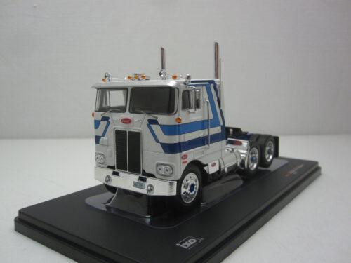Peterbilt_352_Pacemaker_1979_ixotr065_Jagersma_Miniaturen_Modelauto's