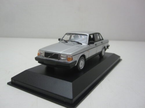 Volvo_240_GL_1986_mxc940171402_Jagersma_Miniaturen_Modelauto's