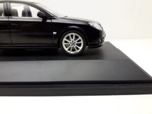 Opel_Vectra_C_OPC_Hatchback_Fliessheck_2005_gm90485104_Jagersma_Miniaturen_Modelauto's