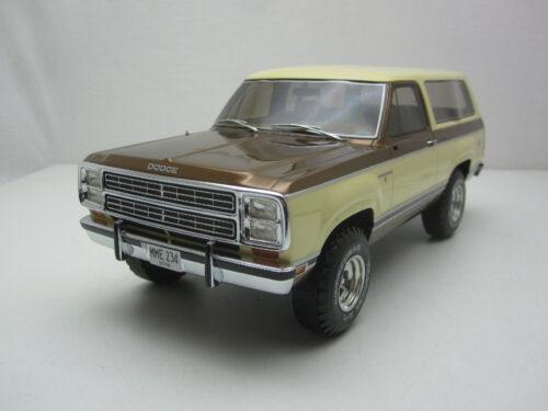 Dodge_RamCharger_Ram_Charger_1979_bos234_Jagersma_Miniaturen_Modelauto's