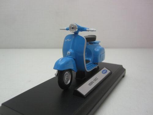 Vespa_150CC_1970_wly12848pw_Jagersma_Miniaturen_Modelauto's