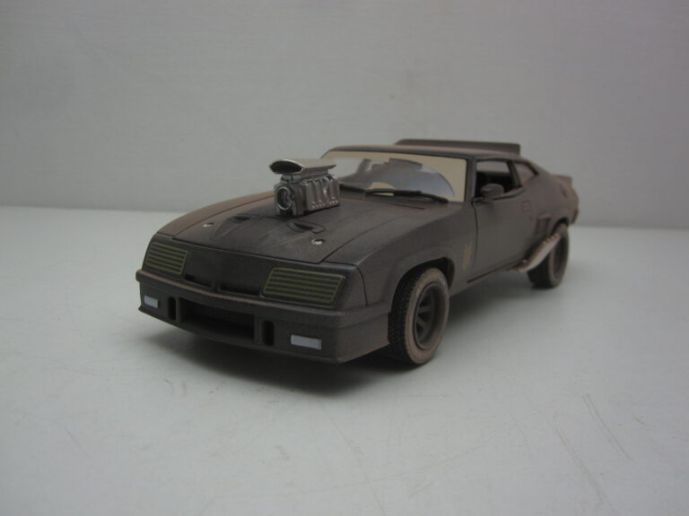 Ford_Falcon_XB_Interceptor_Dirty_1973_gl84052_Jagersma_Miniaturen_Modelauto's