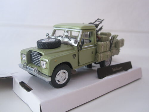 Land_Rover_Series_3_109_Pick_Up_Military_1982_crmlaromil_Jagersma_Miniaturen_Modelauto's