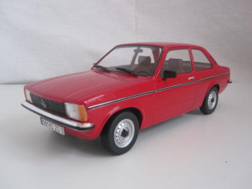 Opel_Kadett_C2_sedan_1977_T9-1800122_Jagersma_Miniaturen_Modelauto's