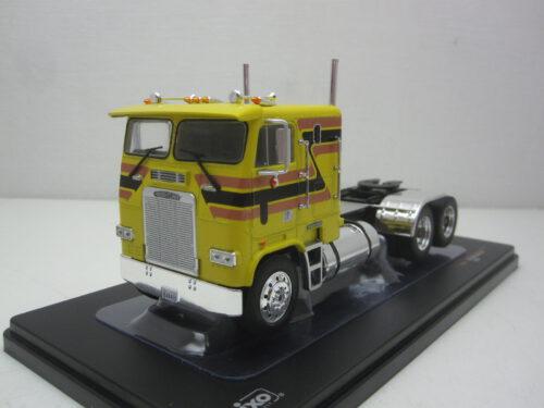 Freightliner_FLA_trekker_1993_ixotr0472_Jagersma_Miniaturen_Modelauto's