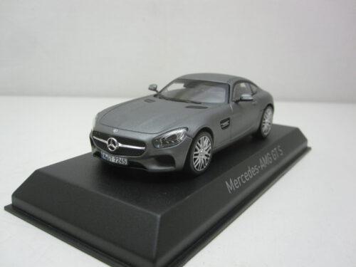 Mercedes-Benz_AMG_GT-S_2015_nor351360_Jagersma_Miniaturen_Modelauto's