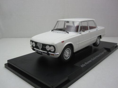 Alfa_Romeo_Giulia_Nuova_Super_1974_mcg18146_Jagersma_Miniaturen_Modelauto's