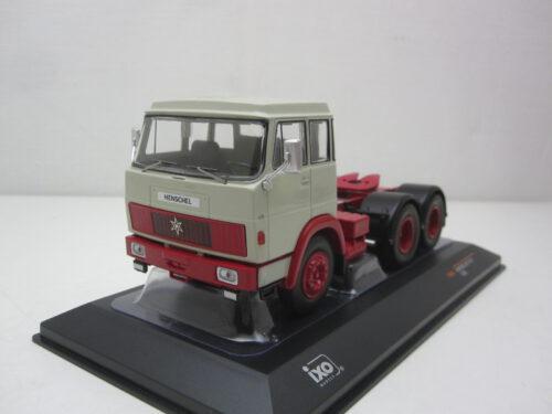 Henschel_HS_19_TS_trekker_1966_ixotr085_Jagersma_Miniaturen_Modelauto's