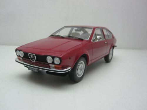 Alfa_Romeo_Alfetta_GT_1600_1976_LM130A1_Jagersma_Miniaturen_Modelauto's