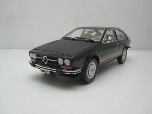 Alfa_Romeo_Alfetta_GTV_2000_TurboDelta_1979_LM130C3_Jagersma_Miniaturen_Modelauto's