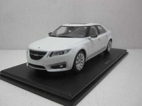 Saab_9-5_Sedan_Aero_2011_DNA000063_Jagersma_Miniaturen_Modelauto's