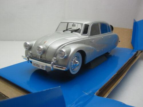 Tatra_87_1937_mcg18221_Jagersma_Miniaturen_Modelauto's