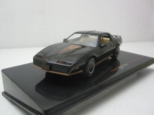 Pontiac_Firebird_TA_5.0L_H.O._1983_ixoclc366N_Jagersma_Miniaturen_Modelauto's