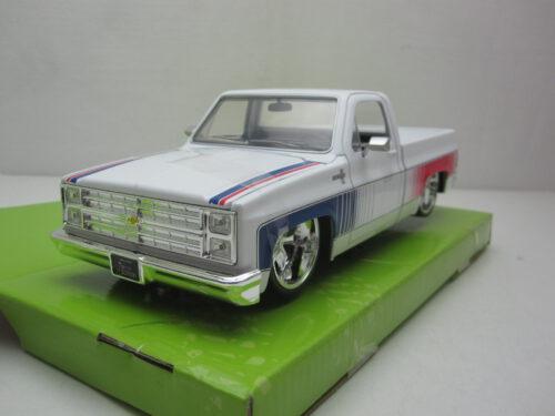 Chevrolet_C10_Pickup_1985_jada32683_Jagersma_Miniaturen_Modelauto's