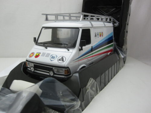 Fiat_242_Fiat_Abarth_assistentie_1981_ixo18RMC060XE_Jagersma_Miniaturen_Modelauto's