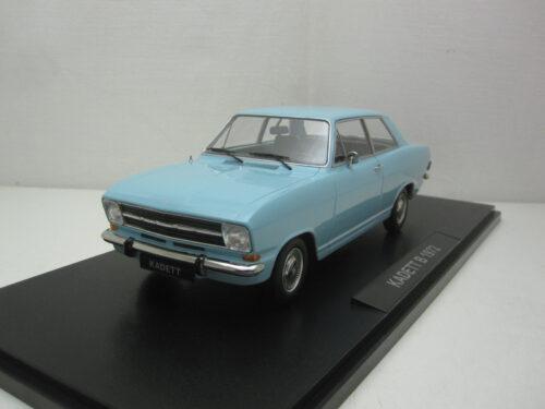 Opel_Kadett_B_sedan_1.2_1972_kk180643_Jagersma_Miniaturen_Modelauto's
