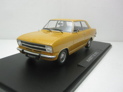 Opel_Kadett_B_sedan_1.2_1972_kk180642_Jagersma_Miniaturen_Modelauto's