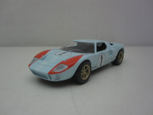 Ford_GT40_#1_Le_Mans_1966_nor270568_Jagersma_Miniaturen_Modelauto's