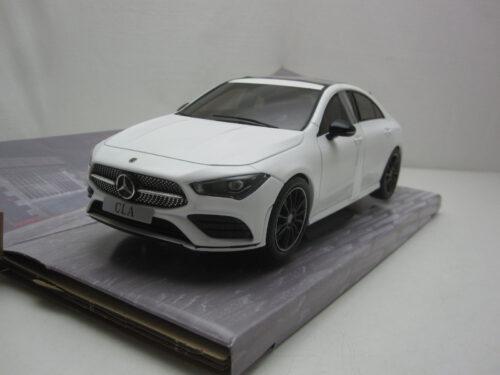 Mercedes-Benz_c118_CLA_AMG_Line_2019_soli1803103_Jagersma_Miniaturen_Modelauto's